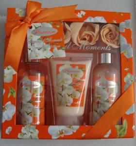 Pachet Promotional VILLAGE COSMETICS Orange cu Flori de Portocal