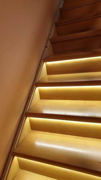 Kit iluminat inteligent scari Rgb 1