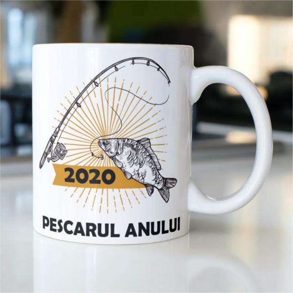 cana-personalizata-pescarul-anului-2020 0