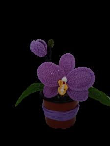 Orhidee croșetată handmade cu o floare2