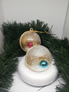 Set 2 globuri brad Crăciun Fantasy0