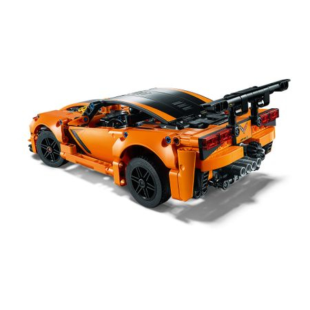 LEGO® Technic: Chevrolet Corvette ZR1 42093 4