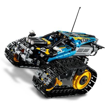 LEGO® Technic: Mașinuță de cascadorii 42095 9