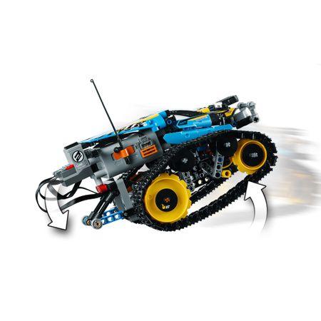 LEGO® Technic: Mașinuță de cascadorii 42095 8