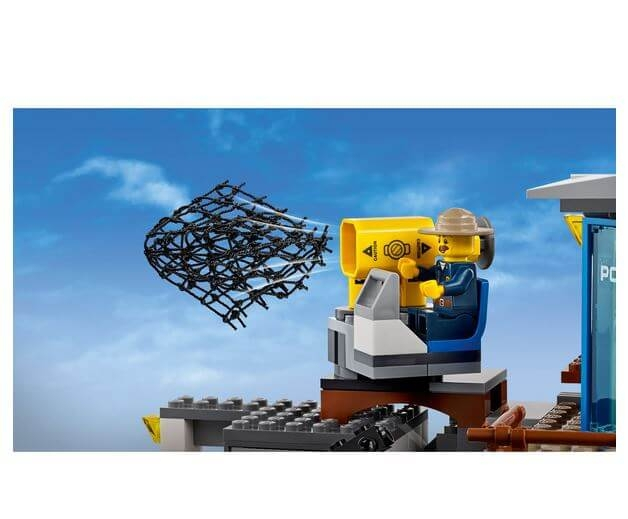 LEGO® City Police Cartierul general al politiei montane 60174 4