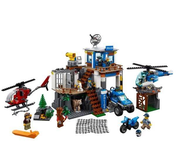 LEGO® City Police Cartierul general al politiei montane 60174 2