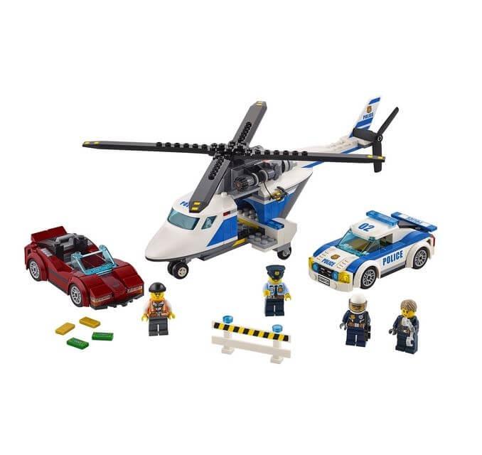 LEGO® City Police Urmarire de mare viteza 60138 2