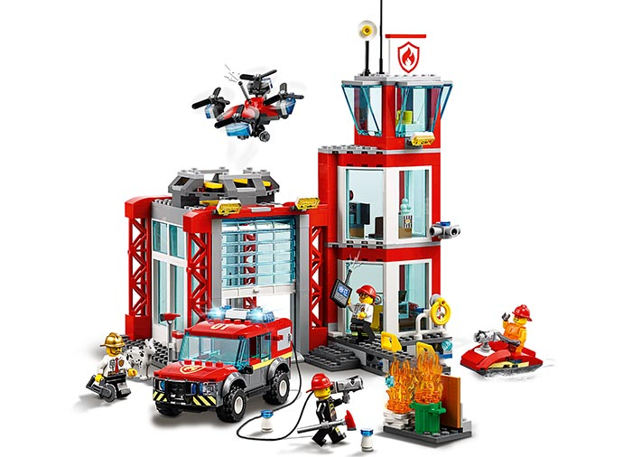 LEGO® City: Stație de pompieri 60215 2