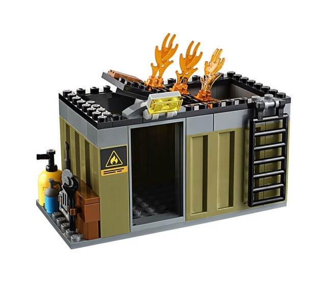 LEGO® City Unitatea de interventie de pompieri 60108 1
