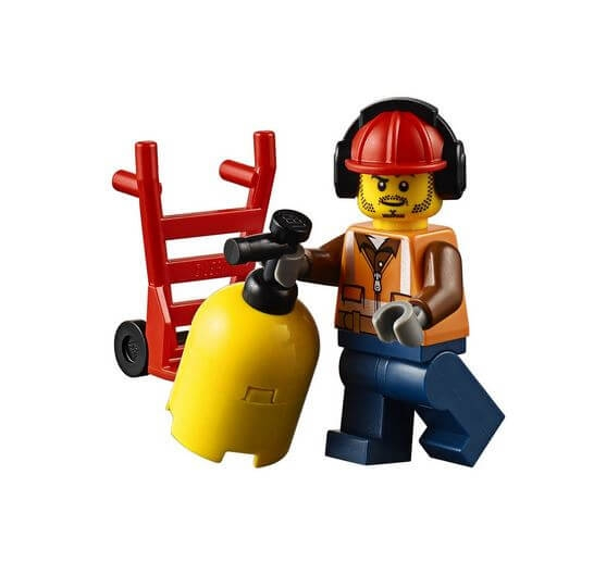 LEGO® City Unitatea de interventie de pompieri 60108 4