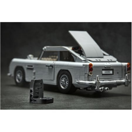 LEGO Creator Expert - James Bond Aston Martin DB5 10262 2