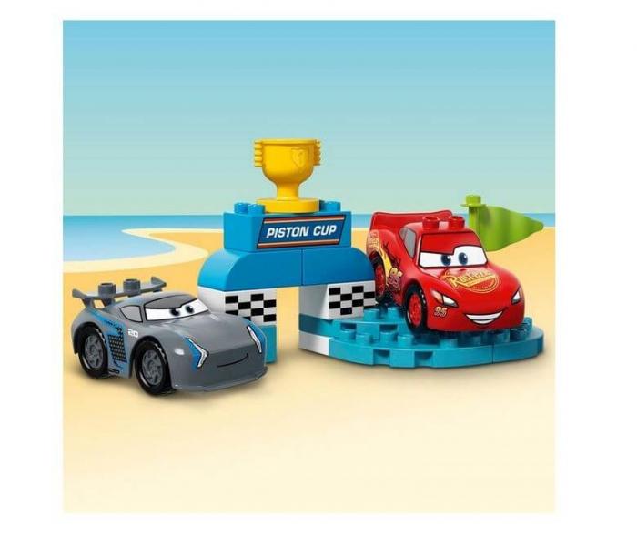 LEGO® DUPLO® Disney™ Cursa pentru Cupa Piston 10857 3