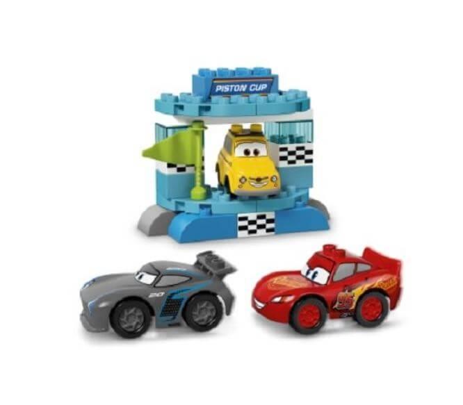 LEGO® DUPLO® Disney™ Cursa pentru Cupa Piston 10857 2