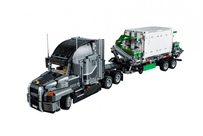 LEGO® Technic Mack® Anthem™ 42078 2