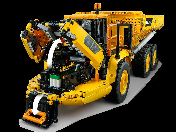 LEGO® Technic: Transportor Volvo 6x6 42114 5