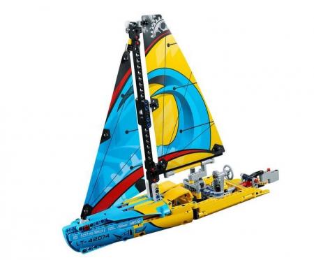 Lego Technic Iaht de curse 420742