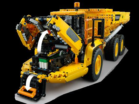 LEGO® Technic: Transportor Volvo 6x6 421145