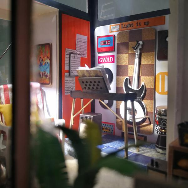 Puzzle 3D Kevin's Studio [5]