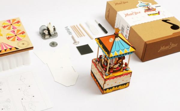 Puzzle 3D Merry Go Round [6]