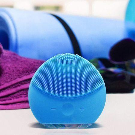 Dispozitiv curatare faciala si masaj Forever, mini, baterie reincarcabila, hipoalergenic. [0]
