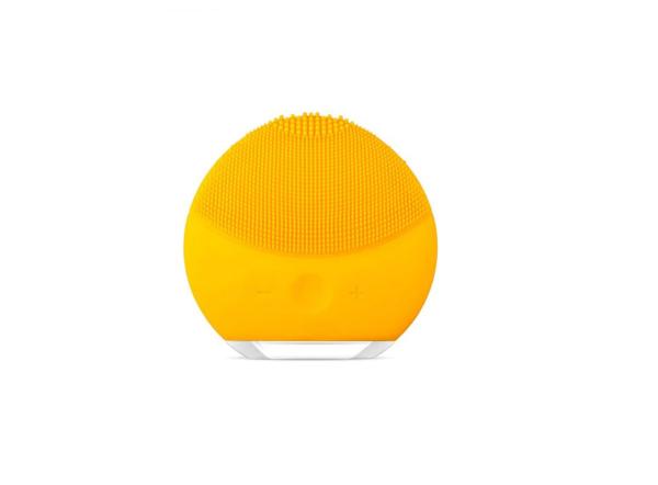 Dispozitiv curatare faciala si masaj Forever, mini, baterie reincarcabila, hipoalergenic Yellow [0]