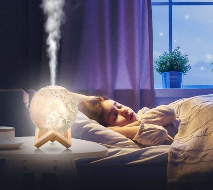 Lampa de veghe cu umidificator, Luna Moon 3D, Aromaterapie 13 CM, Reincarcabila cu acumulator, lumina 3 culori + stand lemn [2]