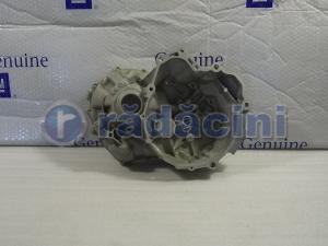 Carcasa cutie viteza (motor)  cod 24711-78B00-0001
