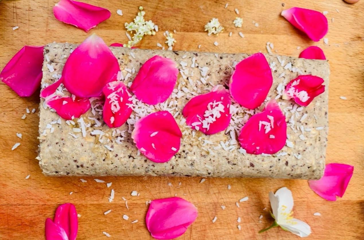 Rulada raw vegana, simplu de facut și delicioasa