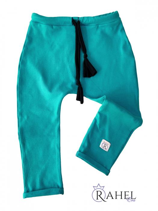 Pantaloni cu tur 2