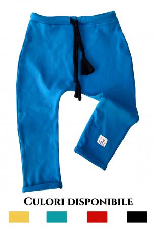Pantaloni cu tur0