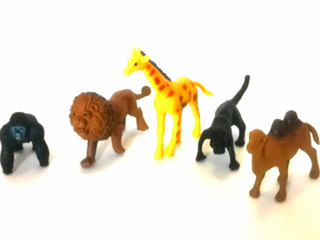 Covoras De Joaca Copii Pentru Podea Gradina Zoologica + 5 Figurine Cadou1
