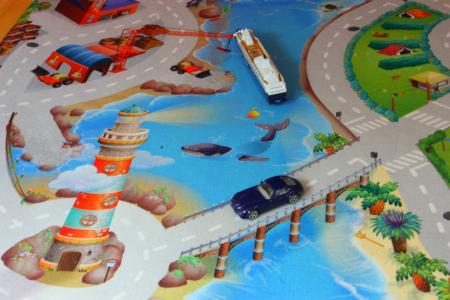 Covor de joaca pentru copii cu stradute model Seaside dimensiuni 100 x 150 cm4