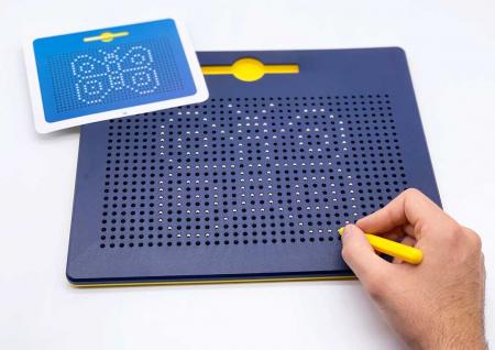 Tabla albastra cu bile si creion magnetic Magnepad pentru pregatirea scrisului1