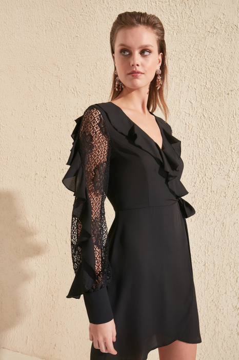 Rochie Black Lace Sleeve Detailed [0]