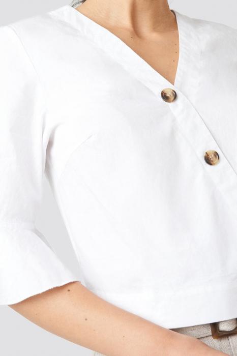 Bluză cu nasturi cu volane 2