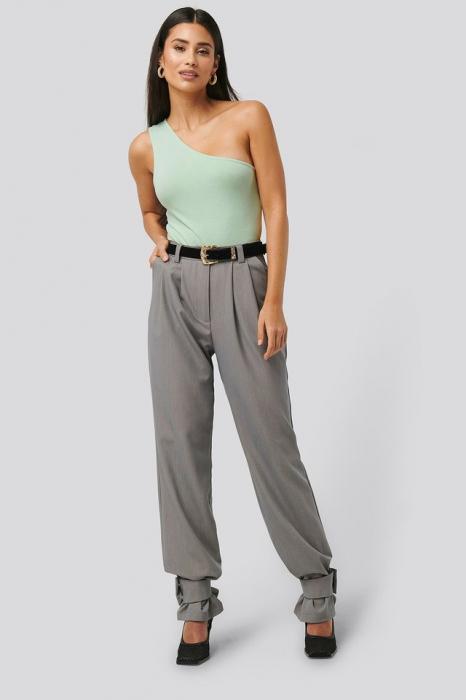 Pantaloni Closure Suit [1]