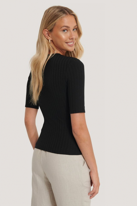 Tricou High Round Neck Ribbed [1]