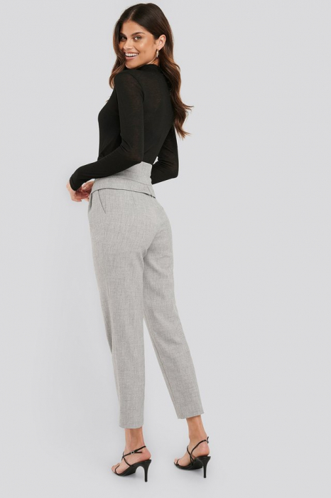 Pantaloni High Waist Detailed 3
