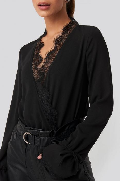Overlap Lace Detail Bodysuit [4]