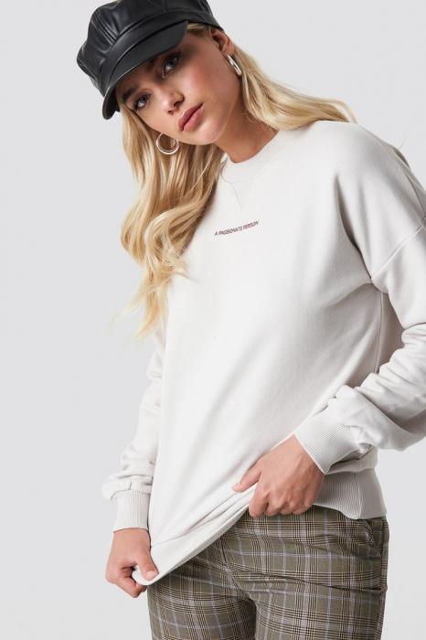 Passionate Sweatshirt 0
