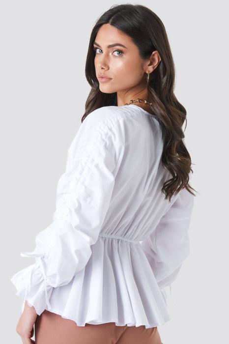 Bluză cu talie accentuata 1