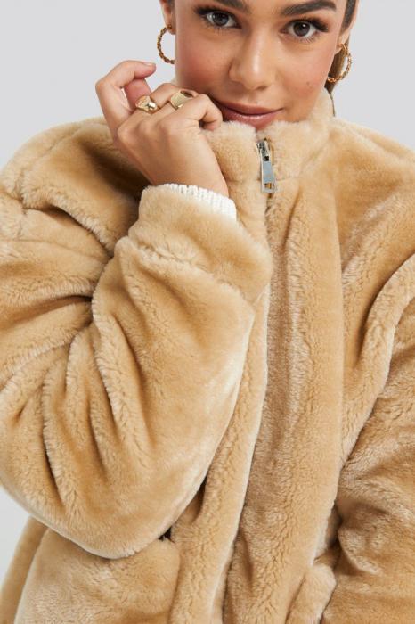Jacheta Short Front Pocket Faux Fur 2