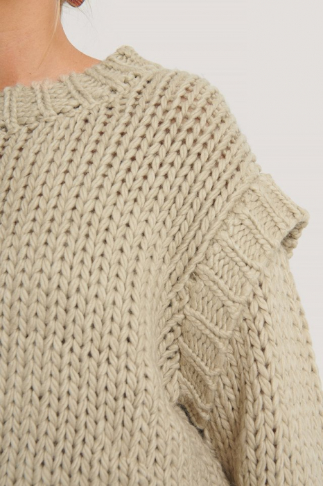 Pulover Wool Blend Shoulder Detail 2