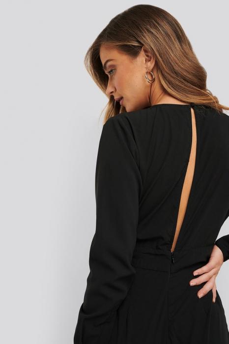 Salopeta V-Neck Button Detail Jumpsuit NA-KD Party, Black [3]