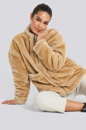 Jacheta Short Front Pocket Faux Fur1