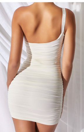 ROCHIE One And Only One Shoulder1