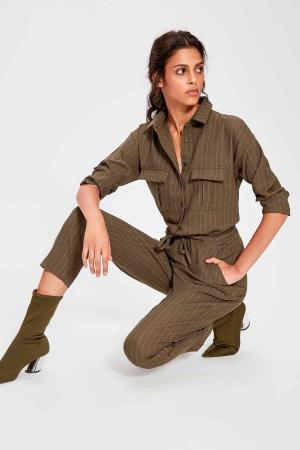 Salopeta Khaki Belted Jumpsuit [2]