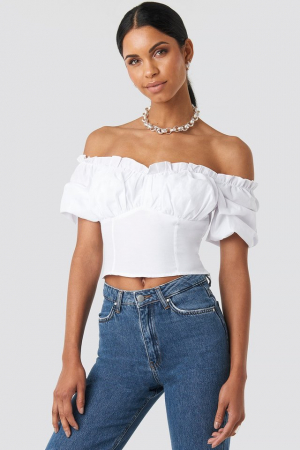 Top Off Shoulder Ruffle Cup Cropped0