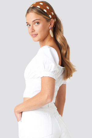 Cropped Fitted Button Top1