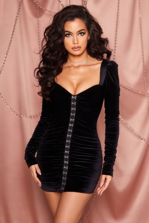 ROCHIE TOTALLY HOOKED LONG SLEEVE RUCHED VELVET2